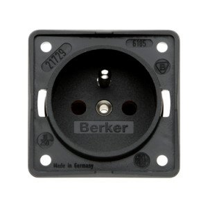 Berker French Belgium socket outlet 9-6195-25-XX